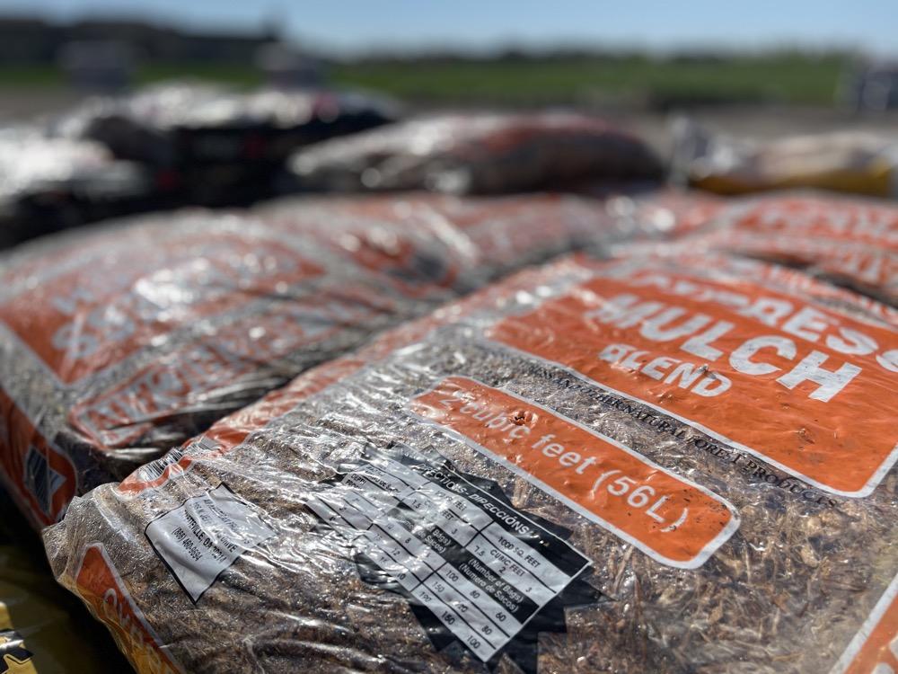 bulk cedar mulch near me wichita