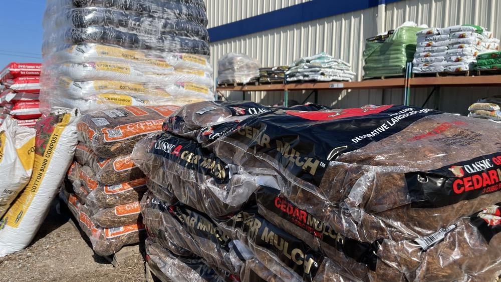 bulk cedar mulch wichita