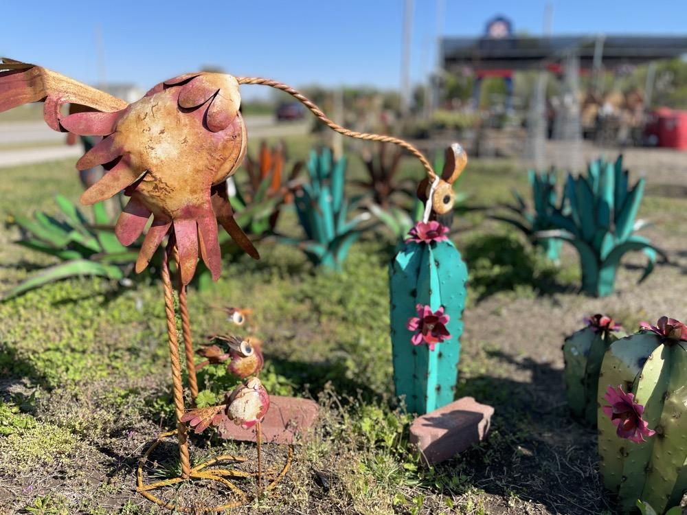 garden supply store wichita